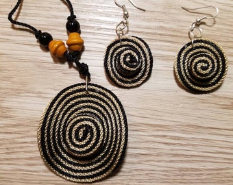 Colombia traditional Hat Jewelry. Sombrero vueltiao set of Necklace and earrings