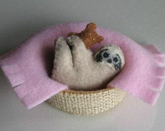 Sloth miniature felt plushie stuffed animal - teddy bear - pink -blanket - basket -handmade- rain forest animal -gift for her -funny