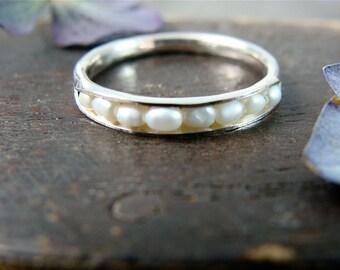 palladium silver petite pearl stack ring