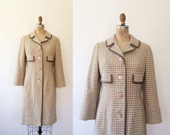 vintage coat / tweed wool coat / Houndstooth Plaid coat