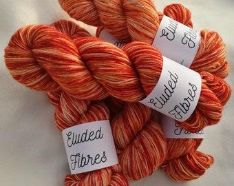 merino wool nylon hand dyed sock yarn 100g / 425m / Eluded Fibres / FLAME