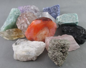 You Choose 5 Raw Crystals - Healing Crystals & Stones, Energy Healing, Raw Stones, Happiness Stone, Protection Amulet, Raw Minerals