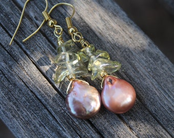 Green Natural Peridot Earrings, Blush Pearl Coin Earrings, Dangle Gold Plated Earrings, Bridesmade Gift, Beach Wedding