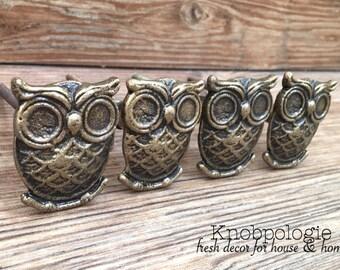SET OF 4 Owl Knobs Antique Bronze Owl Drawer Pull - Cabinet Knob - Furniture Hardware Drawer Pull - Decorative Knob - Bird Owl Nursery Decor