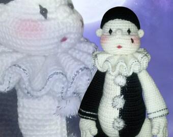 33 - Little Pierrot (Crochet Pattern)