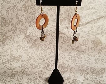Brown circle dangles earrings