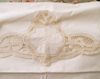 Shabby Chic Cream Cotton PILLOW SHAM - large, battenburg lace