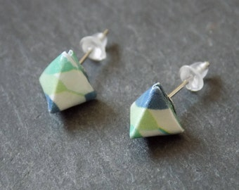 Origami - pyramids green feathered ear studs