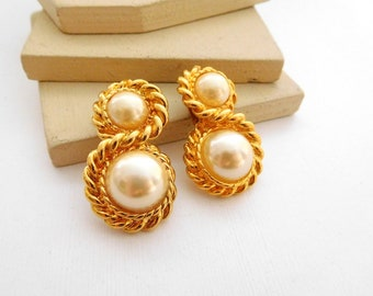 Retro Vintage White Faux Pearl Gold Tone Rope Drop Clip On Earrings M49