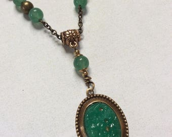 Green aventurine gemstone necklace.Vintage emerald green floral lucite pendant necklace.