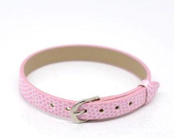 1 medium faux leather bracelet pink