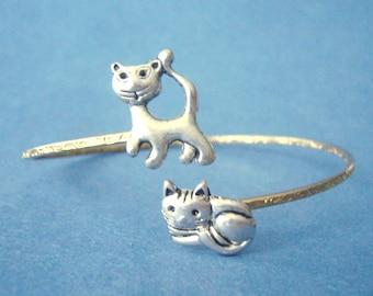 Cat bracelet wrap style