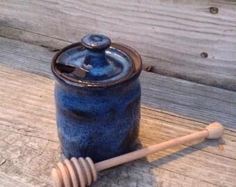 Honey Pot in Stoneware Finger Lakes Blue