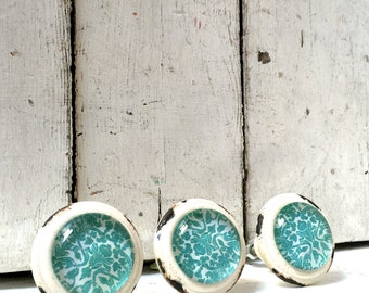 Rustic White Knobs with Center Design, Decorative Knobs, Drawer Knobs, Cabinet Knobs, Unique Cabinet Knobs, Decorative, Dresser Knobs, Pulls