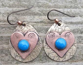 Amerikanische Ureinwohner inspiriert Howlith gemischt Metall Ohrringe