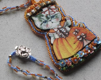 "NEW - So CUTE Bead Embroidery Cat Kitten Orange White Ball Gown Pendant Necklace w/Bead Woven 26-1/2"" Chain"