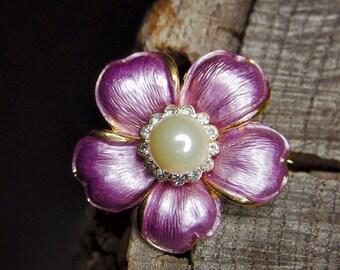 Pearl Daisy Brooch #5454