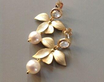 Pearl Earrings for wife Earrings Pearl Bridal Earrings floral Earrings Bridesmaid gift under 50