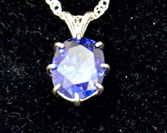 Large Zircon Blue Pendant P753