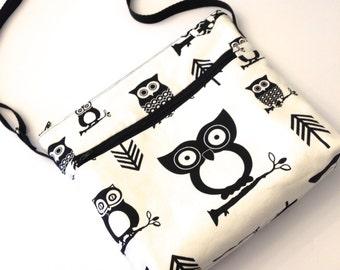 Cross Body Travel Messenger Bag - Black Owls on Ivory Cream