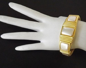Vintage Pearl Bracelet, Designer Signed Napier, Dressy Casual Womens Accessories, Wedding Jewelry, Dressy Bracelet, Costume Jewelry