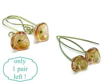 Niobium Earrings Amber Flowers, Swirl or Arch shape Gold Niobium Earwires, Flower on Gold color Niobium, Hypoallergenic Nickle Free Earrings