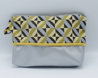 Yellow and silvery graphic clutch in jacquard and faux-leather