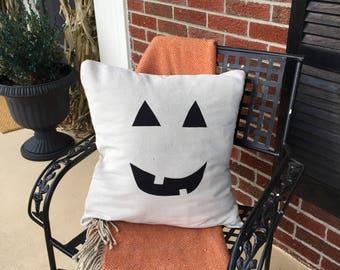 Jack-o-lantern pillow cover