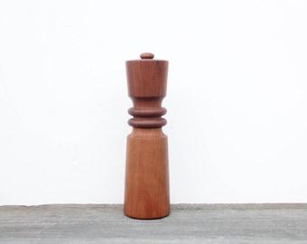 Dansk Pepper Grinder & Salt Shaker.  Quistgaard Designed. Model 832 Pepper Mill