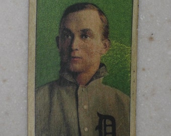 1909 T206 Ty Cobb Green Background with Sweet Caporal Back