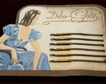 Beautiful, vintage 40's, deadstock, hair pins or bobby pins on original card!