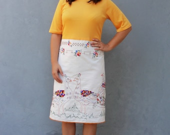 Peacock Dress Vintage Embroidery Linen Birds and Flowers US size 6/8 EU size 36/38