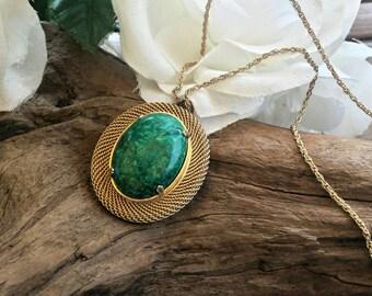 Opal pendant necklace/vintage necklace/opal jewlery/opal pendent/vintage opal pendant necklace/vintage jewelry/pendants/gold tone necklace