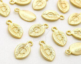 IN-665-MG / 4 Pcs - Tiny Leaf Initial Charms, Personalized Letter Leaf, Upper case, C, Matte Gold Plated over Brass / 5.7mm x 10mm