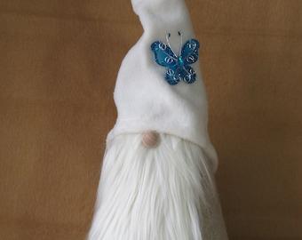 "Gnome pattern:  ""Springtime Gnome"" - #487"