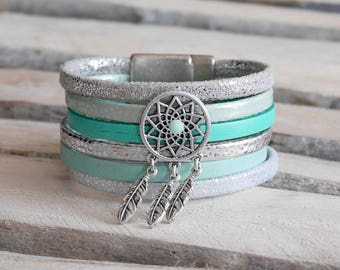 Cuff Bracelet in silver, sea green leather and mint with passing dream catcher (BR74)