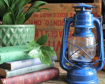 Vintage Kerosene Lantern, Everbright Lantern, Cabin Decor, Rustic Decor, Primitive Decor, Hurricane Lantern, Railroad Lantern, Vintage Light