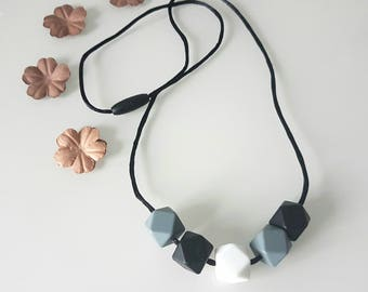 Silicone teething necklace, Nursing necklace,bpa free,non toxic materials, breastfeeding and nursing,baby shower,for mum and baby,monochrome