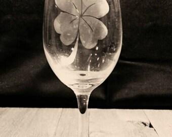 Uppidy Wine Glass