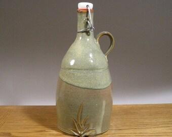 Handmade , Stoneware , Pottery , Flip Top , Craft Beer , Growler ,  56oz , Craft Beer Growler.