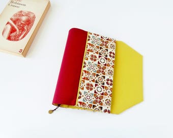 Protects-pocketbook adjustable fabric with bookmark (graphic pattern fabric / rouge_vert)