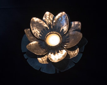 Water Lily Tealight Candle Holder