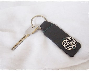 Celtic Leather Keychain, Shield Of Destiny Leather Keychain, Nordic Key-Chain, Pagan Leather Key Ring, Elven Key Fob, Men's Leather Keychain