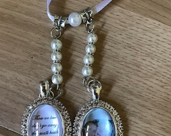 Double pearl memory pendant