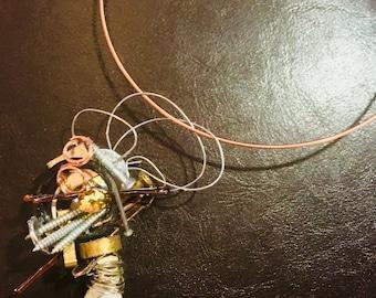 Pendant wire necklace
