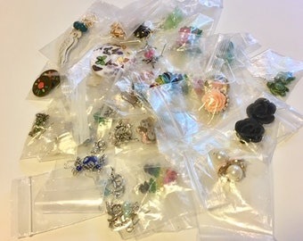 DESTASHING!!! Jewelry Lot of 33 Pairs of Earrings Bagged