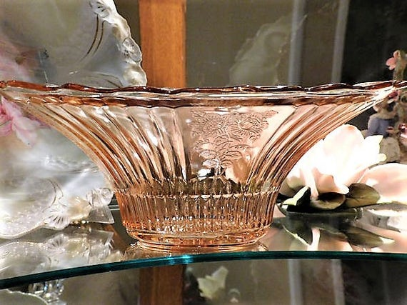 "Pink Depression Glass Bowl / MAYFAIR / Open Rose / Large Centerpiece 12"" Dish"