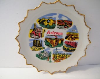 Arizona Souvenir Plate, Vintage Collector plate from the Grand Canyon State, Sunburst pattern rim, excellent condition, memory keepsake