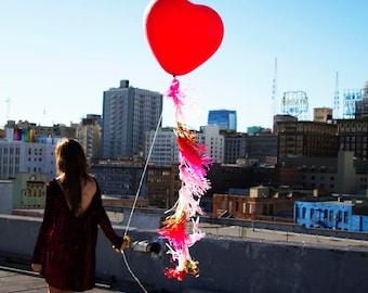 Giant Heart Balloon with Fringe, Geronimo Balloon, Wedding Balloon, Tassel Garland, Balloon with Tassel, Giant Balloon with Fringe