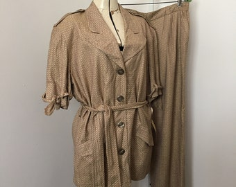Weathervane Suit Tapered Slacks with Oversize Jacket Neutral colors Vintage Size 14 1970's 1980's New Old Stock